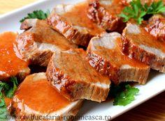 Backed beef roast with wine sauce. I Love Food, Good Food, Yummy Food, Romanian Food, Romanian Recipes, My Favorite Food, Favorite Recipes, India Food, Wine Sauce