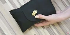 How To Make A Wallet / Purse  •  Free tutorial with pictures on how to make a wallet in under 180 minutes