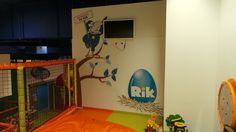 tlačíme dekorácie do škôlok aj na ihriská