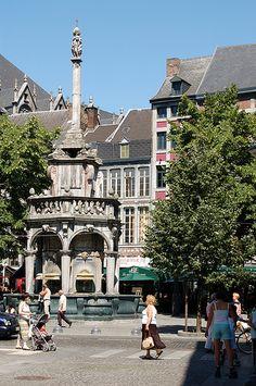 """Liège - le """"Perron"""" = symbole des libertés"""