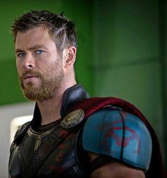 Chria Hemsworth - Thor: Ragnarok, 2017