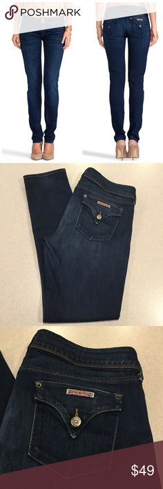 Hudson Jeans 31X31.5 Collin Skinny In Unplugged! Hudson Jeans Collin mid rise skinny Unplugged wash! (Modeled pictures are of exact fit and wash my lighting is just not as bright) Size 31 (hard to find) 31.5 inch skinny fit inseam Very stretchy! A pretty vibrant blue denim Only worn a few times Perfect condition! All of my items come from a smoke free, pet free home and are authenticity guaranteed. Please ask any questions 128-26 Hudson Jeans Jeans Skinny