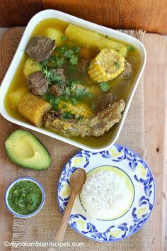 Sancocho Antioqueño o Paisa (Paisa Region Soup) My Colombian Recipes, Colombian Cuisine, Colombian Sancocho Recipe, Cuban Recipes, Soup Recipes, Cooking Recipes, Dinner Recipes, Healthy Recipes, Plats Latinos