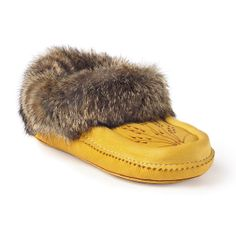 Manitobah Unisex Deerskin Moccasin Fleece Lined Shoe with Rabbit Fur