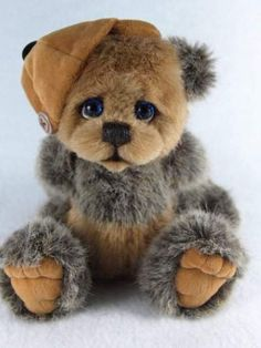 Twinkle by kesseys Bears - not a charlie bear but love its eyes
