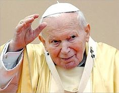 The pope, a world leader. Pope Benedict XVI and the Catholic church congregation. Pape Jeans, Papa Juan Pablo Ii, Jesus E Maria, Saint Peter Square, Pope Benedict Xvi, Pope John Paul Ii, Paul 2, Human Dignity, Pope Francis