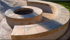 Curved fire pit