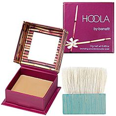 A matte, natural bronzing powder. Great for contouring too! Sweep across your forehead at your hairline, down the center of your nose, on your cheek bones and a dab on your chin for a great sun kissed look.