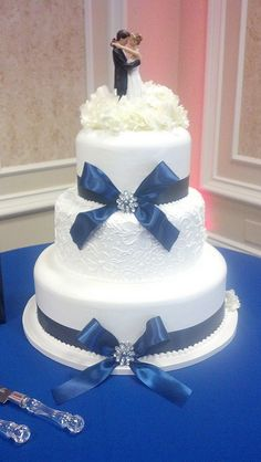 Gorgeous Blue Ribbon Wedding Cake