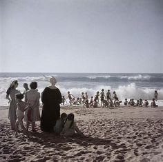 Swimmers on the Beach, Biarritz [1951 Robert Capa].