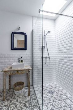 Free Bathroom Renovation Ideas Where to locate free bathroom design ideas Rather than paying an arm and a leg for the designer bathroom that someone else has designed for you why not do-it-yourself… Bathroom Renos, Laundry In Bathroom, Bathroom Flooring, Bathroom Remodeling, Master Bathroom, Morrocan Bathroom, Metro Tiles Bathroom, Bathroom Ideas, Bathroom Cost