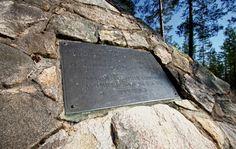 Maupertuis muistomerkki Kittisvaarassa Pellossa Länsi-Lapissa