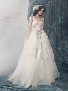 Gorgeous A-line Straps Sweetheart Floor-Length Court Tiered Wedding Dresses