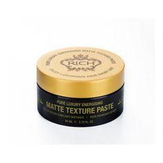 Ez a csodálatos matt paszta súlytalan erőt és hosszantartó hatást biztosít használója számára. Ideális rövid haj formázásához, könnyen újraformázható. Hidratálja a hajat, csökkenti a szálkásodást. A borsmenta olajnak köszönhetően, illatával élénkíti a lelket és a teafa olaj felfrissíti a fejbőrt. http://luxuryhair.hu/uzlet/energising/energising-matte-texture-paste-frissito-matt-paszta-80ml/