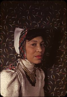 zora neale hurston,  portrait by carl van vechten  new york, 1940  color, kodachrome   2 x 2 in.