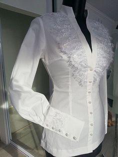 45 Ideas crochet blusas tunics for 2019 Blouse Styles, Blouse Designs, White Fashion, Blouses For Women, Designer Dresses, Fashion Dresses, Couture, Womens Fashion, Shirts