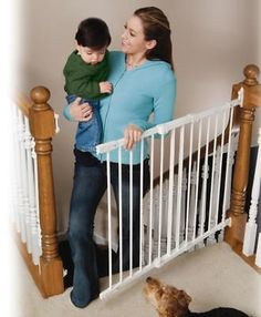 New KidCo Angle Mount Safeway 28-42.5 inch Top of Stair Safety Gate - White