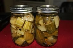 Canned Garlic Dill Pickles