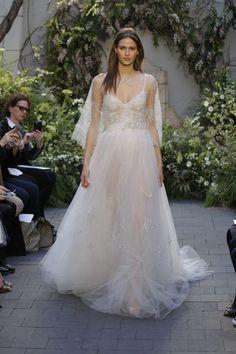 Vestidos de novia corte princesa 2017: 65 diseños extraordinarios que no querrás dejar escapar Image: 17