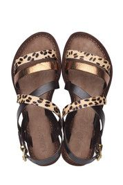 Bronzen/Gouden Lazamani 75.192 Comfy Shoes, Mellow Yellow, Gladiator Sandals, Passion For Fashion, Bronze, Summer 2015, My Style, Hair Styles, Outfits
