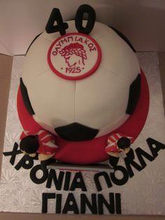 Olympiakos soccer team cake