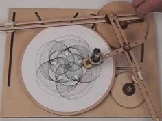 LEAFpdx Cycloid Drawing Machine (628) - YouTube