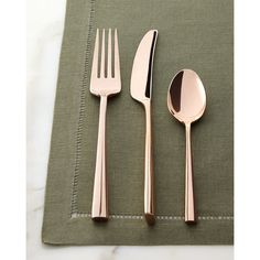 kate spade new york Five-Piece Malmo Rose Gold Flatware Place Setting (2 265 UAH) ❤ liked on Polyvore featuring home, kitchen & dining, flatware, rose gold, colored silverware, colored flatware, rose gold silverware, kate spade flatware and kate spade