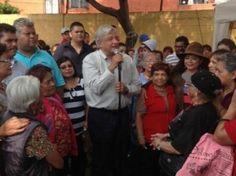 El ex candidato presidencial, Andrés Manuel López Obrador, dijo que el presidente Enrique Peña Nieto no ha respondido a sus dos solicitudes planteadas en su última manifestación y por escrito para que se consulte a la ciudadanía sobre la propuesta de reforma energética y para que con ajustes en el gasto del gobierno se detenga […]