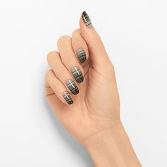 linear ombre by essie - lead the pack with this sophisticated twist on the gradient trend—a new classic in the making.