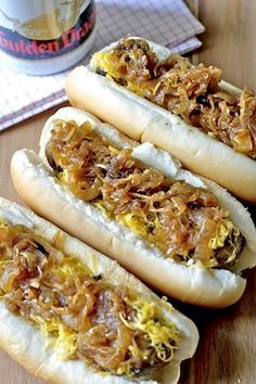 Caramelized Beer Onions and Cheddar Bratwurst -- This is great tailgating food!