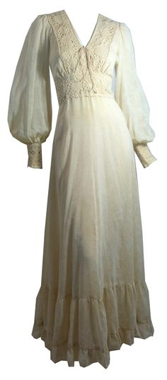Renaissance Chic Ethereal Cream Cotton and Lace Dress circa 1970s Gunne Sax