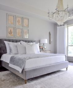 Fresh Ideas for Fall Home Tour - Decor Gold Designs Cozy fall bedroom in beautiful creams and white with lots of texture Bedroom Decor For Couples, Home Decor Bedroom, Bedroom Ideas, Bedroom Rustic, Bedroom Modern, Decor Room, Bedroom Themes, Casa Feng Shui, Fall Bedroom