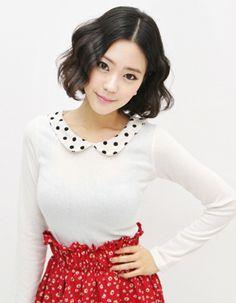 polka dot peterpan collar long sleeve top  CODE: MGK624  Price: SG $25.20(approx US $20.32)