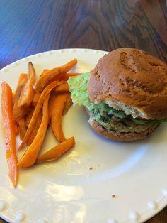 Arbonne 28 Day Challenge Recipe: Turkey Burgers with Sweet Potato Fries