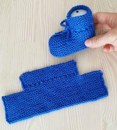 Очередная подборка вязаных тапочек на любой вкус.   OK.RU Baby Booties Knitting Pattern, Crochet Slipper Pattern, Crochet Baby Booties, Baby Knitting Patterns, Diy Crochet Projects, Diy Crochet Patterns, Knitting Dolls Clothes, Baby Girl Crochet, Blue Boots