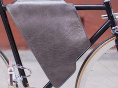 Magnetar Crossbody Cycling Bag on AHAlife