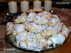 Trdelníkové svadobné rohlíčky (fotorecept) - My site Slovak Recipes, Czech Recipes, Ethnic Recipes, Slovakian Food, Food Platters, Biscuit Cookies, Sweet Desserts, Food 52, Cupcake Cakes