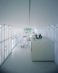 The Naked House, located in Kawagoe, Japan designed by the japanese architect Shigeru Ban provides shelter for a family with five members, including two children and the owner's elderly mother. Shigeru Ban, Japanese Architecture, Interior Architecture, Conceptual Architecture, Pavilion Architecture, Classical Architecture, Ancient Architecture, Sustainable Architecture, Landscape Architecture