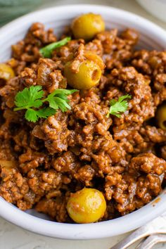 Mexican Picadillo, Beef Picadillo, Picadillo Recipe, Cuban Recipes, Dinner Recipes, Dinner Ideas, American Dinner, Adobo Seasoning, Beef Empanadas