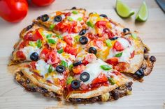Taco Quesadilla Pizzas, omg tacos and pizza? Pizza Flavors, Pizza Recipes, Beef Recipes, Dinner Recipes, Cooking Recipes, Quesadilla Maker Recipes, Shrimp Recipes, Healthy Cooking, Cooking Tips