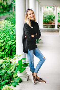 Clothing Styles For Women - Fashion Trends Viernes Casual, Pearl Headband, Chic Outfits, Girly Outfits, Trendy Outfits, Preppy Winter Outfits, Travel Outfits, Work Outfits, Spring Outfits