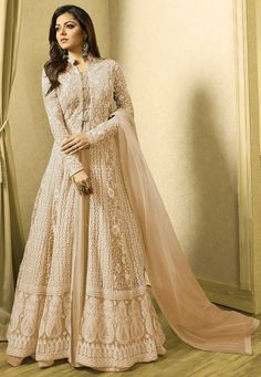 Party Wear Indian Dresses, Indian Gowns Dresses, Dress Indian Style, Indian Fashion Dresses, Indian Designer Outfits, Abaya Fashion, India Fashion, Bridal Dresses, Designer Dresses