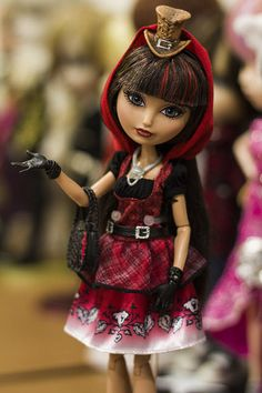 Cerise Hood at Madeline Hatter's Wonderlandiful Hat-tastic Tea Party Ever After High, Happy Birthday Paul, Ever After Dolls, Jojo Bows, Barbie And Ken, Red Riding Hood, Descendants, Cartoon Drawings, Beautiful Dolls