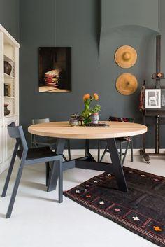 Afbeeldingsresultaat voor houten tafel naturel rond