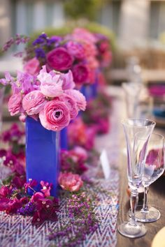 cobalt blue and pink wedding colors @Robin Headley Garden Floral Design photo by Cakes and Kisses