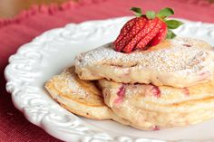 Pastry Affair | Strawberry Pancakes