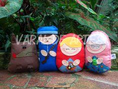 Chapeuzinho Vermelho  www.facebook.com/lojavaraldeartes Toy Art, Facebook, Toys, Design, Red Riding Hood, Art, Activity Toys, Design Comics, Games