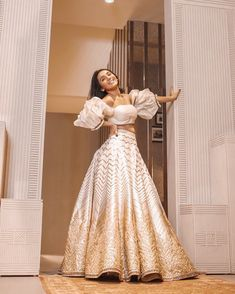 Top bridesmaids looks to steal from Masoom Minawala Mehta - SetMyWed Indian Bridal Outfits, Indian Designer Outfits, Designer Dresses, Indian Designers, Indian Lehenga, Shaadi Lehenga, Lehenga Choli Designs, Indian Gowns Dresses, Bridal Dresses