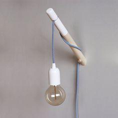 Wandlamp koord houten stok