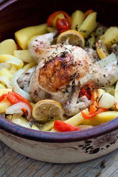 Κοτόπουλο λεμονάτο στη γάστρα2 (1 von 1) Pot Roast, Coconut, Ethnic Recipes, Food, Carne Asada, Roast Beef, Essen, Meals, Yemek